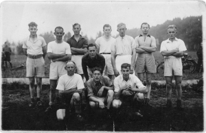 F08 Buurtvereniging Delden ca. 1945-46